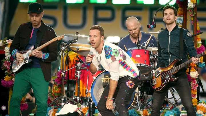 Coldplay endorses charity MOAS